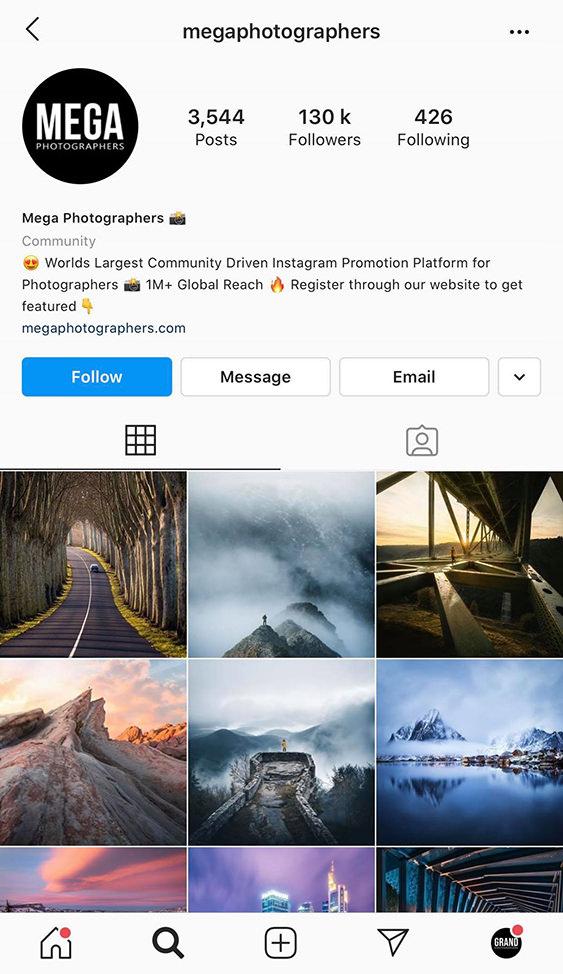 megaphotographers